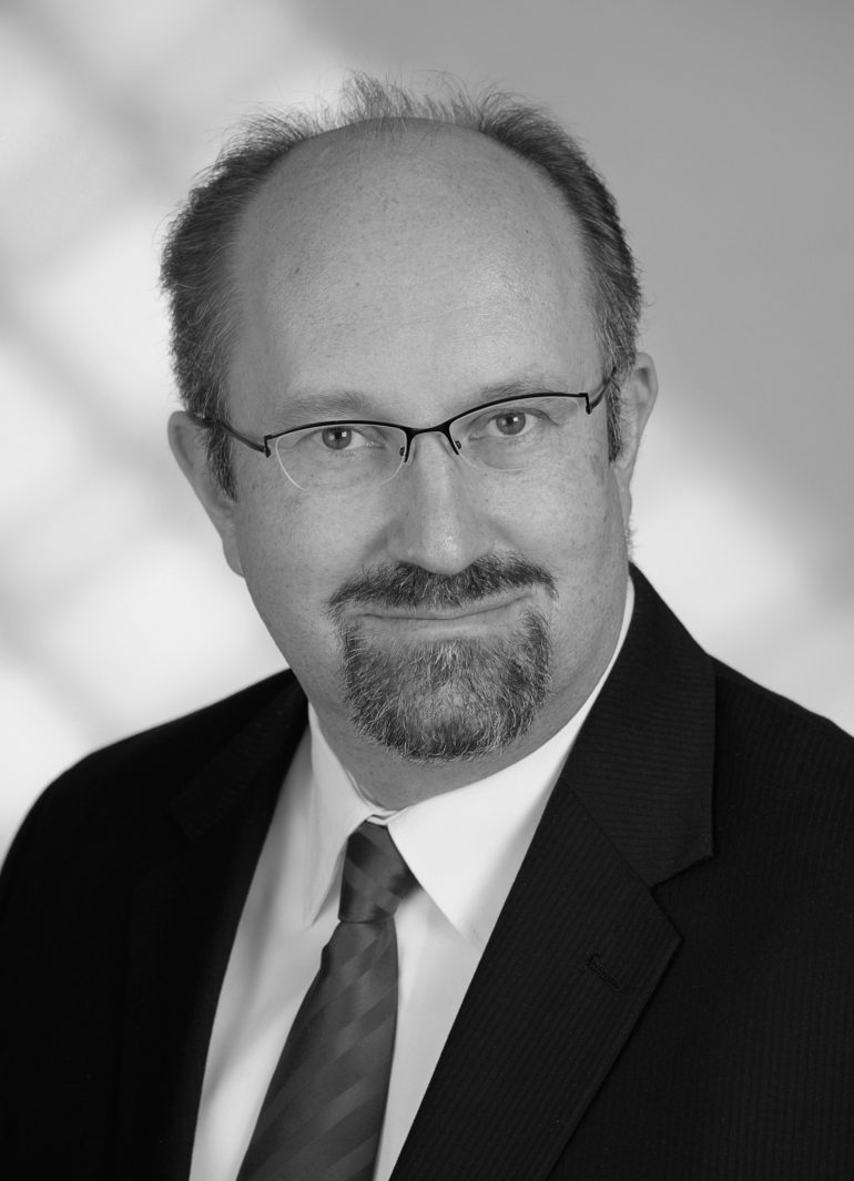 Dr. Wolfgang Sening